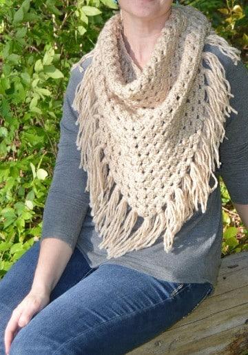 bufandas de gancho modernas para mujeres