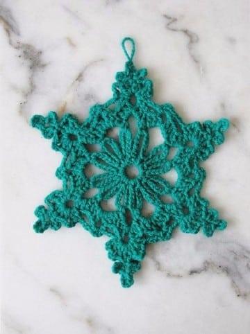 adornos tejidos a crochet para el cabello