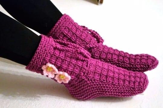 como hacer calcetines de lana con dos agujas