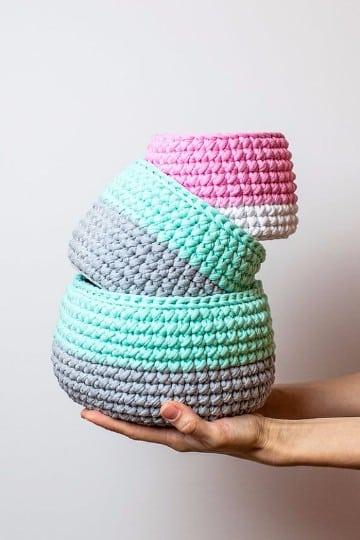 como hacer cestas de trapillo redondas