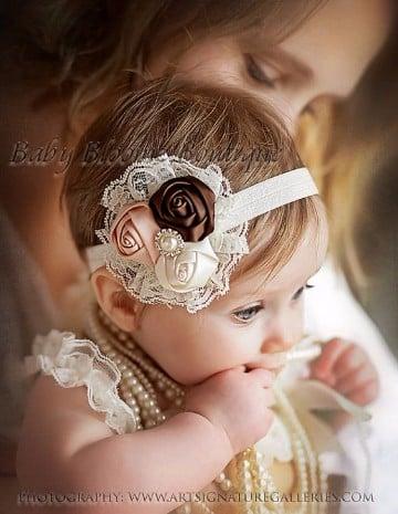 Hermosos dise os de diademas de flores para bebes faciles - Diademas para bebes bautizo ...