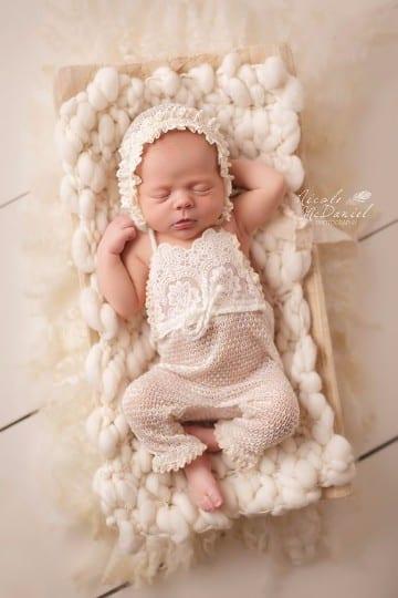 gorritos de bebe recien nacido a mano