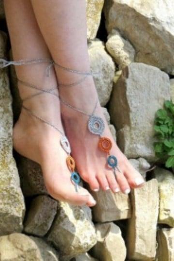 como tejer unas sandalias decoradas