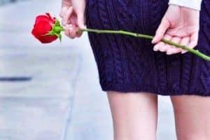 Modelos de bonitas faldas tejidas a gancho para dama