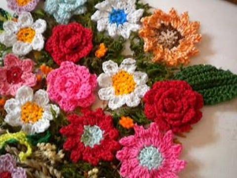 flores de ganchillo faciles rosas