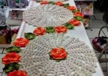 Patrones sencillos de caminos de mesa bordados