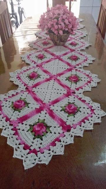 caminos de mesa bordados modernos