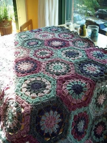 colchas tejidas a crochet de colores
