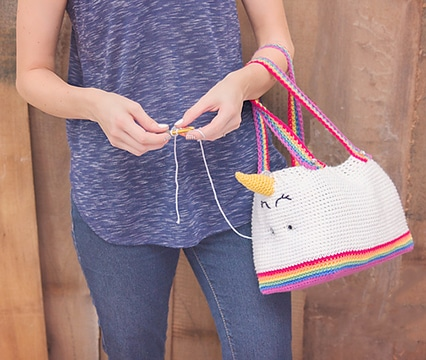 como hacer bolsas tejidas a gancho para niñas