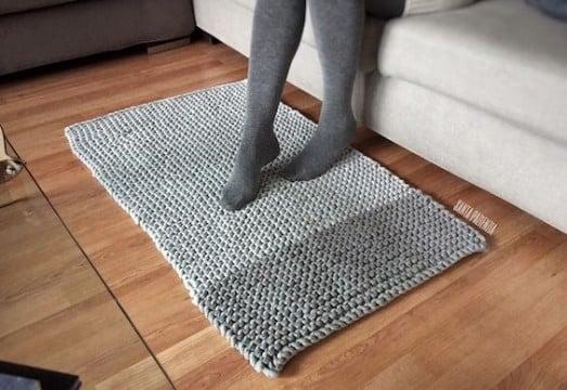 hacer alfombra de trapillo trenzada