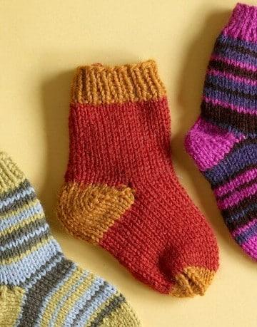 medias tejidas a dos agujas de lana