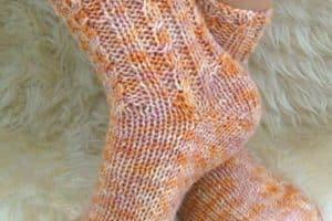 Modelos de medias tejidas a dos agujas patrones gratis