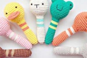 Hermosos diseños de sonajeros de ganchillo para bebe