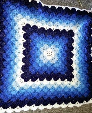 tapetes tejidos a crochet cuadrados