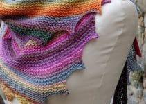 Preciosos modelos de bufandas tejidas con gancho para dama