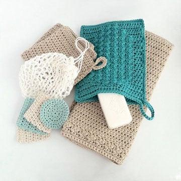 accesorios para baño en crochet estuches