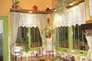 Las más lindas cenefas a crochet para ventanas