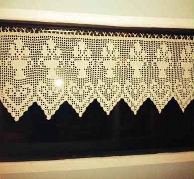 cenefas a crochet para ventanas pequeñas
