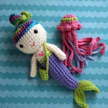 muñecos tejidos a gancho para niñas