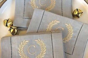 Diferentes tipos de bordados para servilletas