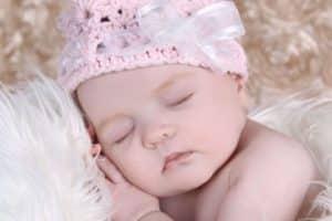 Las diademas tejidas para bebe, sinónimo de ternura y moda
