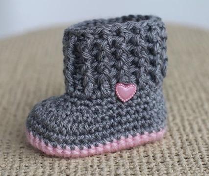 escarpines tejidos al crochet tipo bota