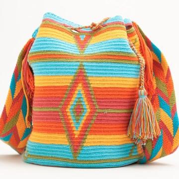 imagenes de bolsos tejidos coloridos