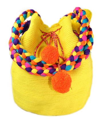 imagenes de bolsos tejidos con pompones