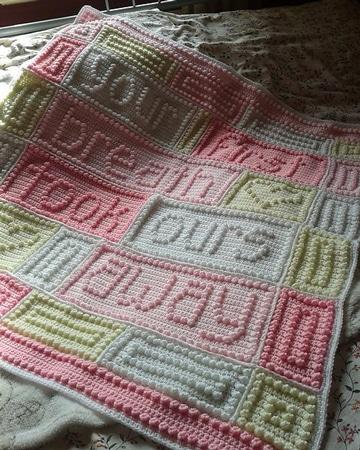 mantas tejidas para bebe con mensajes