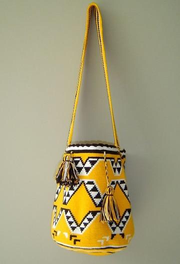 mochilas wayuu para mujer amarillo