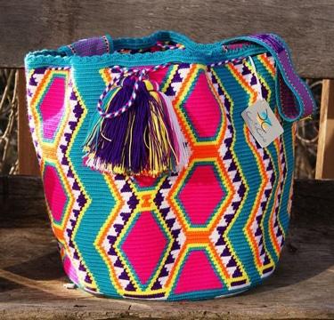 mochilas wayuu para mujer colorida