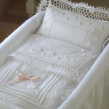 sabanas bordadas a mano para bebe