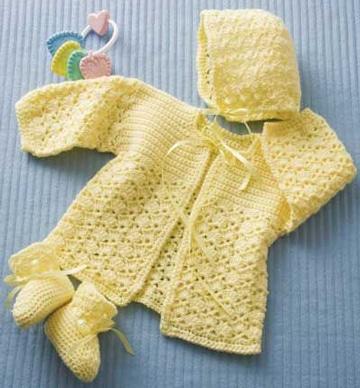 saquito de bebe a crochet a juego