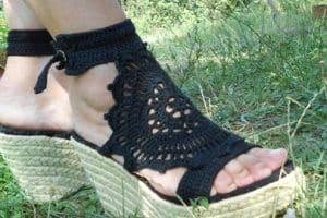 Renuevate con estos zapatos tejidos para dama