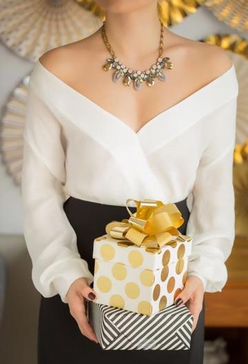 blusas de fiesta para señoras con escote
