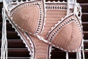 Un brasier tejido a crochet para lucir a la moda