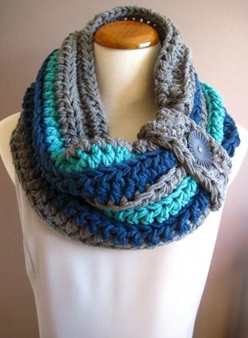 cuellos de lana tejidos a palillo con boton