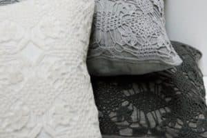 Fundas para almohadas decoradas que apoyarán tus sueños