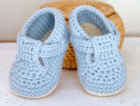 pantuflas a crochet para niños color azul