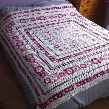 tendidos de cama en crochet femeninos