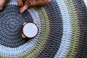 La alfombra redonda de trapillo que todos adorarán en casa