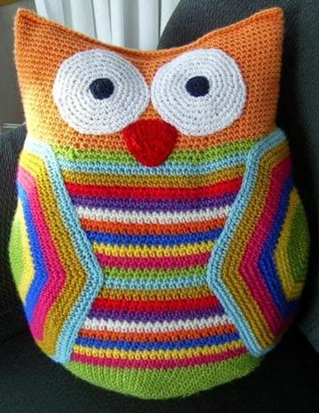 buhos tejidos al crochet de colores