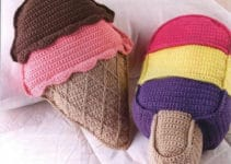 Conceptos modernos y alegres de cojines a crochet para niños