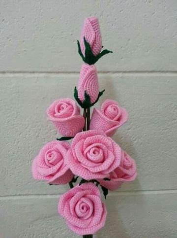 como hacer rosas a crochet en ramo