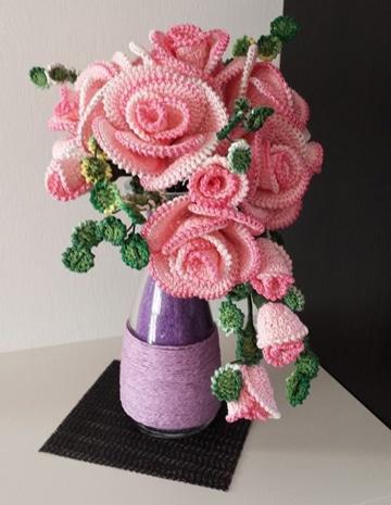 como hacer rosas a crochet para decorar