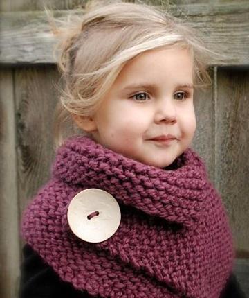 cuellos de punto hechos a mano para niña