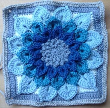 estrellas de ganchillo cuadradas azules