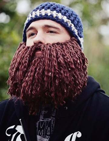 gorros tejidos con barba graciosos