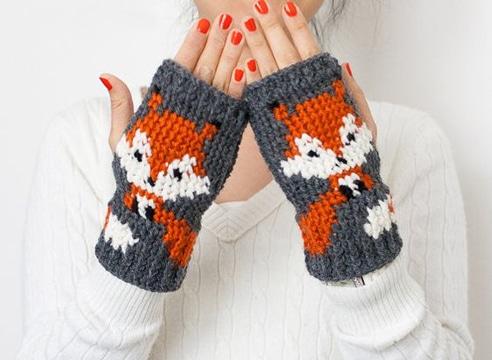 como hacer mitones a crochet con personaje