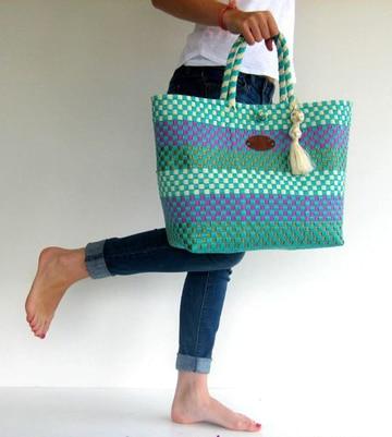 imagenes de bolsas tejidas de colores